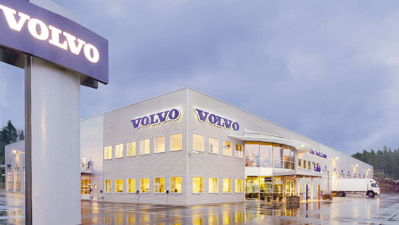 Volvo Truck Center Trailer